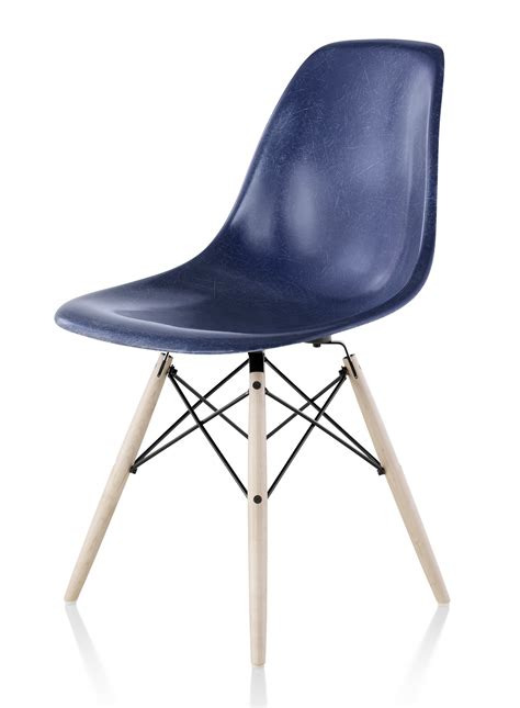 herman miller eames 174 molded fiberglass side chair gr