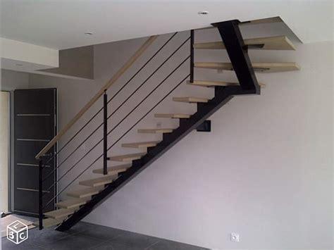 r 233 alisation escalier limon central acier 1 4 tournant haut