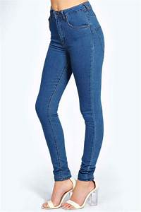 Charlie High Waisted Mid Wash Jeans at boohoo.com