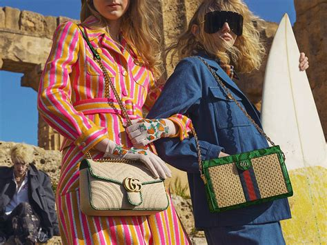 gucci pre fall  bag collection features raffia  straw bags spotted fashion