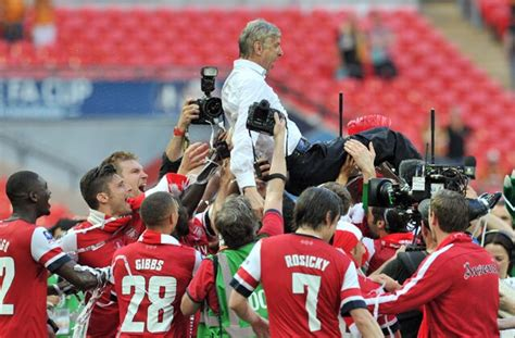 Arsene Wenger Urges Arsenal F.C. to Build on FA Cup Win ...
