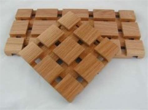 router table wooden trivet hubpages