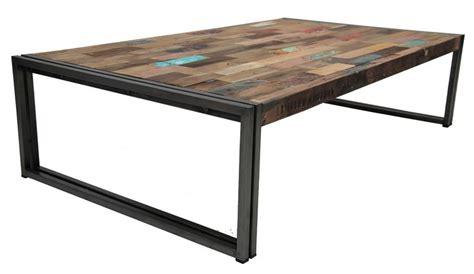 table basse rectangulaire en fer poli et vieux bois de bateau de la collection factory