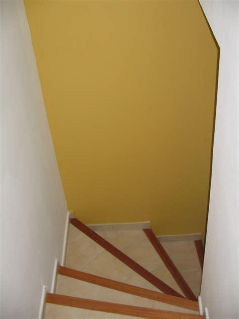 deco mur de cuisine entree et montee escalier palier 1er etage forum ce