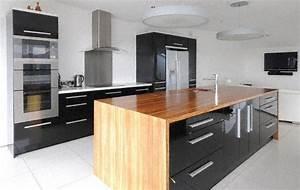 moderne ilot de cuisine clair bois plan travail en pictures With plan de cuisine moderne