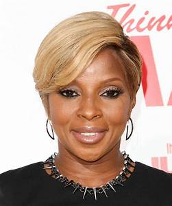Mary J Blige Short Straight Formal Hairstyle Blonde Hair