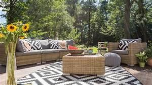 Chill Ecke Im Garten : lounge ecke im garten einrichten 3 tipps vom boden bis zur deko ~ Whattoseeinmadrid.com Haus und Dekorationen