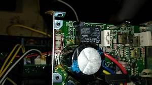 Bocina Amplificada Con La Salida De Audio Quemada Calienta