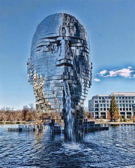 25 Most Amazing Sculptures Around The World