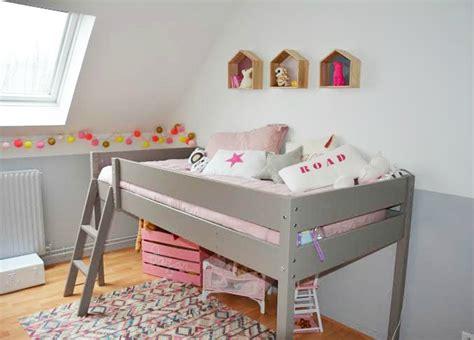 deco chambre mansardee décoration chambre fille de 6 ans