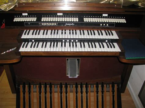 baldwin organ model   excellent
