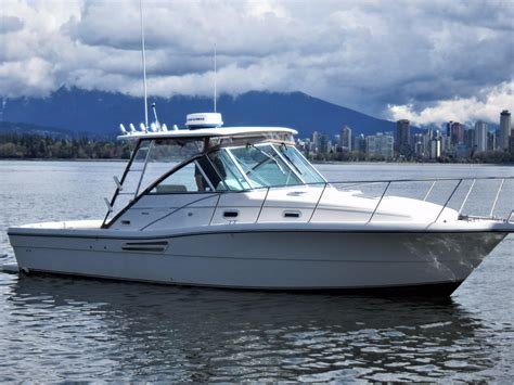 Motor Boats For Sale Vancouver Bc by 2000 Pursuit Express Boat For Sale 150 Foot 2000 Motor
