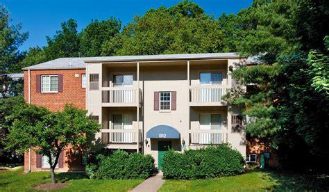 Apartment Communities Alexandria Va by Foxchase Apartments In Alexandria Va 571 451 0