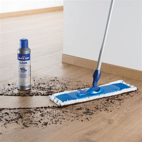 uniclic laminate flooring cleaning uniclic cleanset kit qscleaningkit step