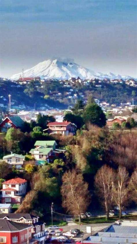 Puerto Montt y Volcan Calbuco de fondo Lugares hermosos