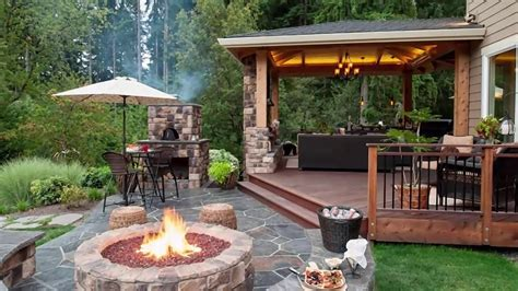 Yard Patio Designs by 10 Stunning Backyard Patio Design Ideas