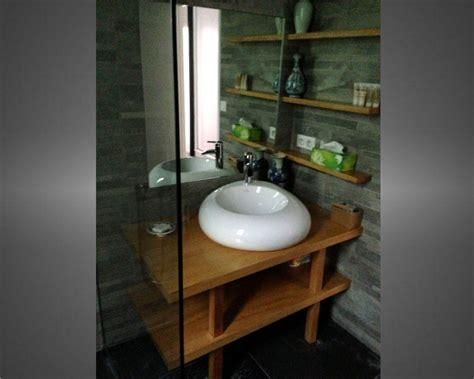 armoire cuisine en bois réalisation sur mesure de salles de bain et meubles de