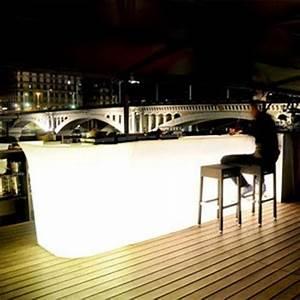 Bar Exterieur Design : location de mobilier lumineux jumbo bar slide sur location de mobilier et ~ Melissatoandfro.com Idées de Décoration