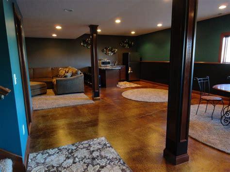 acid wash floor basement traditional  polished
