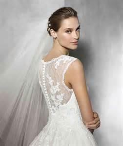 brautkleider onlineshop prinzessin hochzeitskleid mit edelstein stickerei und herzförmiger ausschnitt hochzeitskleid