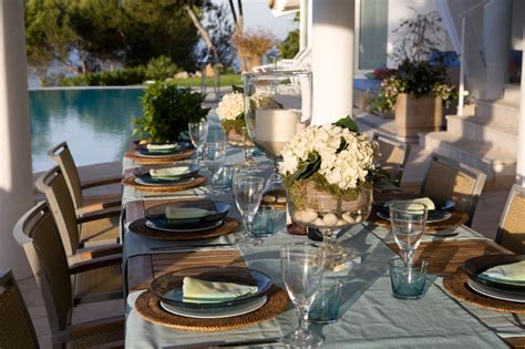 Creating Outdoor Entertaining Space
