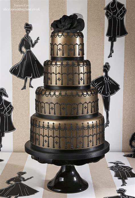 Let Them Eat Cake Unique Wedding Cakes Alice In