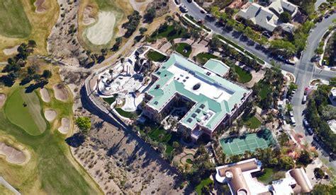 aerial pics  billionaire sheldon adelsons  square