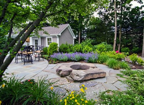 landscaped backyards pictures 16 simple but beautiful backyard landscaping design ideas