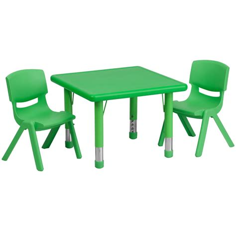 plastic table and chairs total fab children 39 s plastic table and chair sets