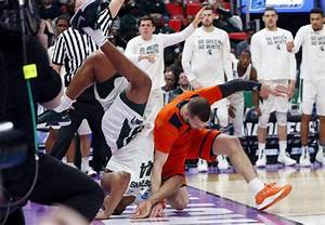 Friday's NCAA men's basketball roundup: UMBC makes history ...