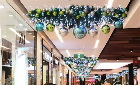 christmas decorations shopping shellharbour stocklands shopping centre decorations