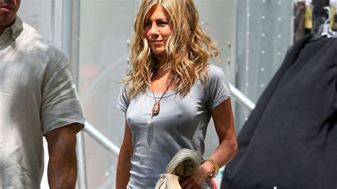What Jennifer Aniston Has Her T Shirts Tailored Racked