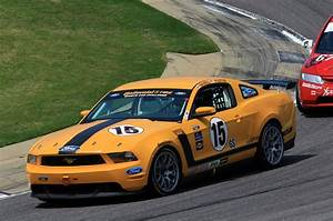 Ford's Mustang Boss 302R scores its first win - Ultimate Car Blog