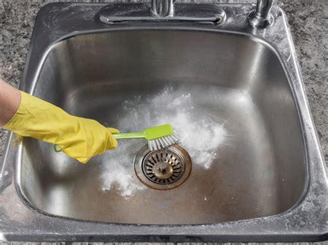 cleaning kitchen sink  baking soda boldskycom