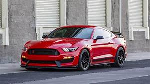 2020 Ford Shelby Mustang GT350, GT500 Special Edition: Price, Specs, Features