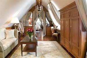Real Regal Living: 12 Palace Inspired Home Inspirations ...