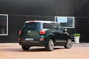 Coffre Fiat 500 : fiat 500l fiat 500l living une 500 qui a du coffre ~ Gottalentnigeria.com Avis de Voitures