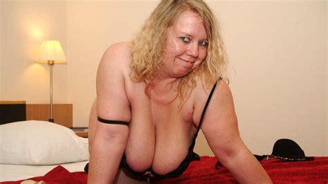 This Naughty German Cougar Shakes Her Big Tits Porno