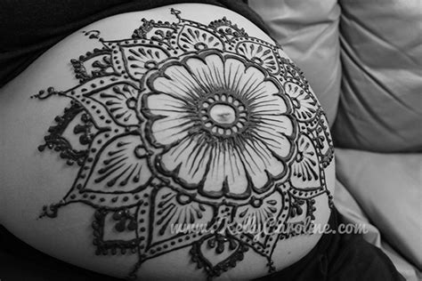 pregnant belly archives kelly caroline henna michigan