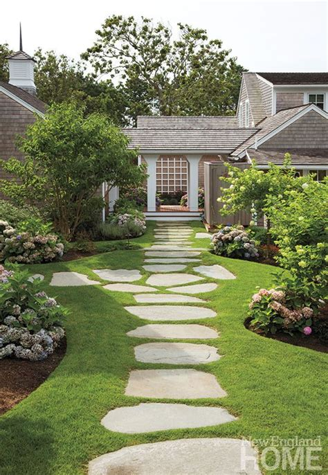 front garden paths design best 25 slate walkway ideas on pinterest stone walkway slate pavers and front yard walkway