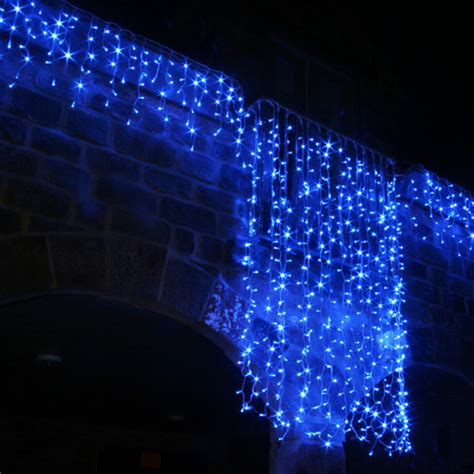 100 led blue icicle lights connectable for outdoor use