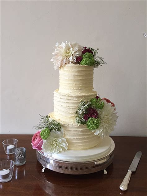 cakes  shellyanne wedding cakes  yeovil taunton