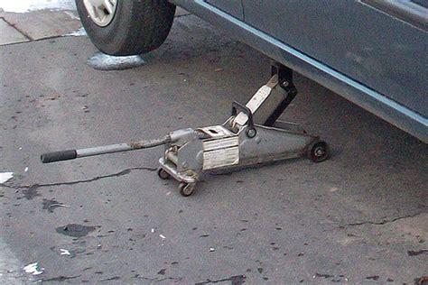 Car Floor Jack.jpg