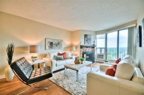 great 2 bedroom apartment for rent near britannia beach