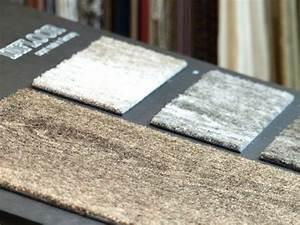 Teppich Auf Teppichboden : teppich holzoptik gamelog wohndesign ~ Lizthompson.info Haus und Dekorationen