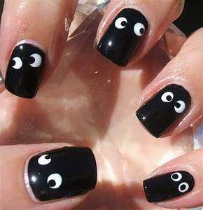 50 Simple, Easy, Spooky & Scary Halloween Nail Art Designs ...