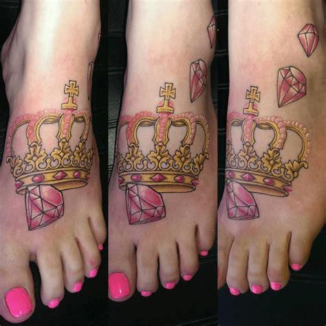tatouage pour couple couronne