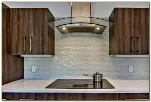 modern kitchen backsplash tile modern kitchen glass tile backsplash tiles home decorating ideas lw5vmevrq3