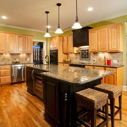 oak kitchen cabinets ideas 17 best images about new kitchen on oak 3573