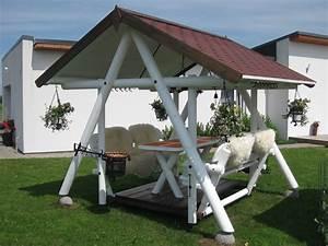 Grill Pavillon Holz : hollywoodschaukel mit pavillon ~ Whattoseeinmadrid.com Haus und Dekorationen